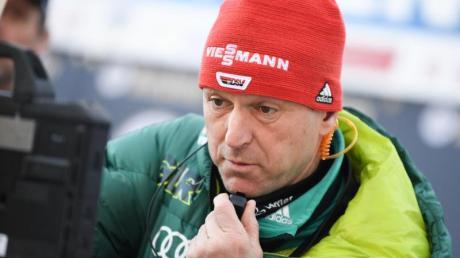 Der scheidende Bundestrainer Werner Schuster bestreitet seine Abschiedstournee noch ohne Wehmut. Foto: Arne Dedert