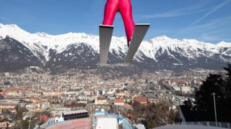 Die deutschen Skispringer haben keine gute Erinnerungen an die Bergisel-Schanze. Foto: Georg Hochmuth/apa