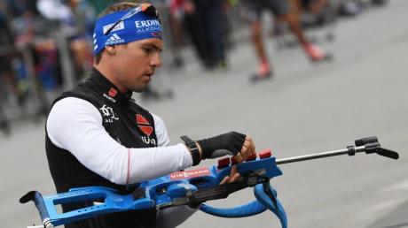 Biathlet Simon Schempp beim Training. Foto: Angelika Warmuth