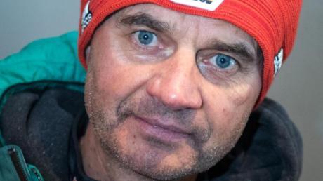 Hat bis zum Start in den Weltcup noch viel Arbeit vor sich: Bundestrainer Stefan Horngacher. Foto: Hendrik Schmidt/zb/dpa