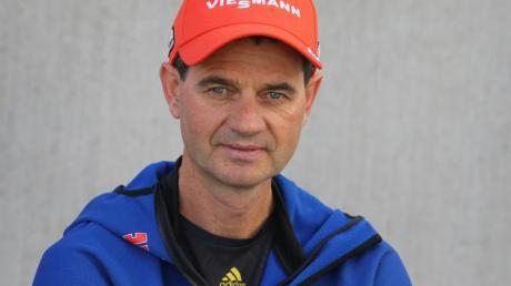 Stefan Horngacher ist der Trainer der deutschen Skispringer.