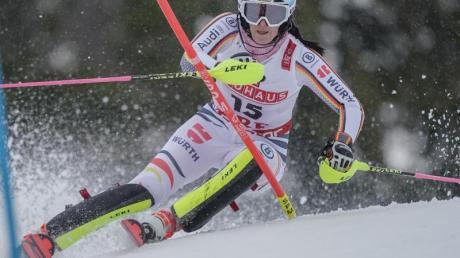 Will beim ersten Slalom der Saison gleich überzeugen:Christina Ackermann.