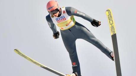 De Infos zur Vierschanzentournee 2020 in Innsbruck: Programm, Termin, Zeitplan und Live-TV. Läuft Skispringen im Free-TV?