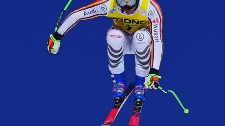 Thomas Dreßen siegte mit einem spektakulären Abfahrtslauf in Lake Louise.