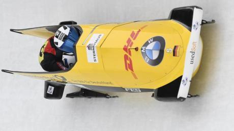 Stephanie Schneider ist mit Anschieberin Lisette Thöne beim Weltcup-Auftakt auf Rang zwei gefahren.