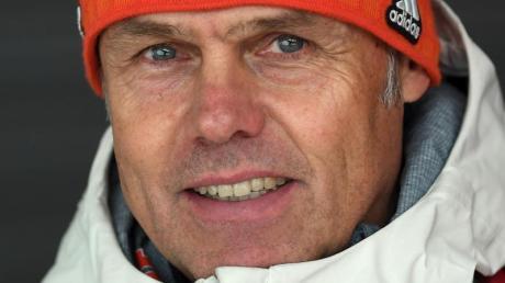 Skisprung-Bundestrainer Andreas Bauer ist vom DOSB als Trainer des Jahres ausgezeichnet worden.