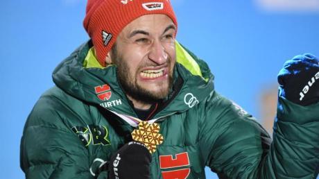 Markus Eisenbichler ist in Seefeld vor zehn Monaten dreimal Weltmeister geworden.