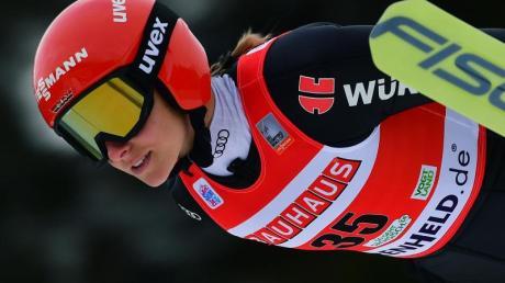 Skispringerin Katharina Althaus darf nicht bei der Vierschanzentournee starten.