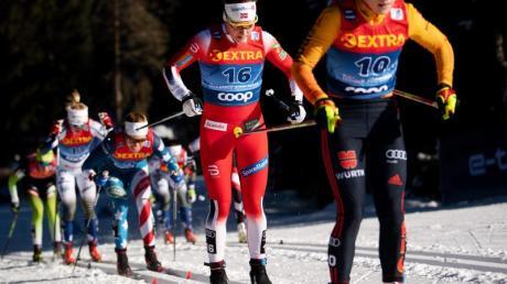 Belegte in der Verfolgung in klassischer Technik über 10 Kilometer den neunten Rang: Katharina Hennig (r).