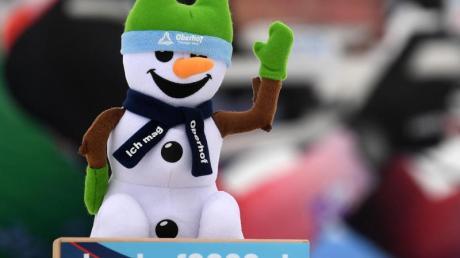 WenigSchnee: Beim Biathlon-Weltcup in Oberhof fehlt es an Naturschnee.