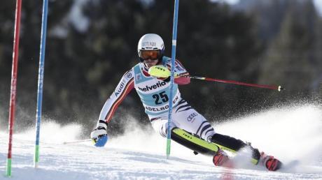 Fuhr im Slalom beim Weltcup in Adelboden auf Rang sechs: Linus Strasser.
