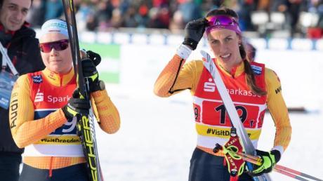 Anne Winkler (l) und Sofie Krehl waren beim Teamsprint weit vom Podest entfernt.