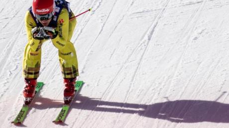 Skicrosser Daniel Bohnacker hat beim Weltcup im kanadischen Nakiska den dritten Platz erreicht.
