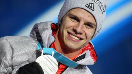 Skispringer Andreas Wellinger hält von Olympia in Peking nicht viel.