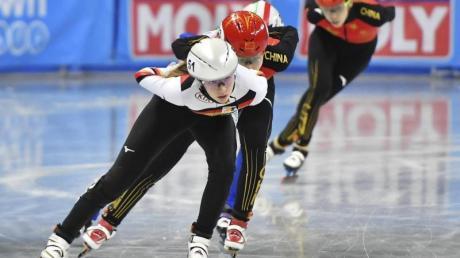 Anna Seidel (l) gewann Bronze über 1500 Meter.