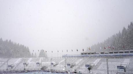 Orkan «Bianca» hat den Ski-Weltcup in Hinterstoder durcheinandergewirbelt.