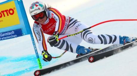 Viktoria Rebensburg hat sich deutlich gegen eine Verlegung der WM in Cortina d'Ampezzo von 2021 auf 2022 ausgesprochen.