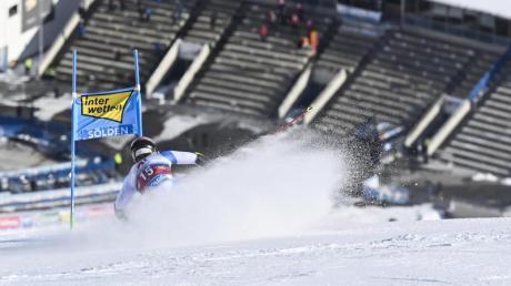 Der alpine Ski-Weltcup 2020/21 läuft. Alle Infos zu den Terminen, dem Weltcup-Kalender, Datum und Uhrzeit der Rennen finden Sie hier.