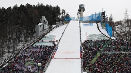 Mit der Bergisel-Schanze in Innsbruck verbinden Deutschlands Skispringer positive und negative Erinnerungen.