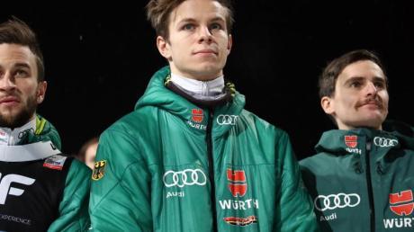 Markus Eisenbichler (l) ist beim Weltcup in Zakopane dabei, Andreas Wellinger (M) und Richard Freitag nicht.