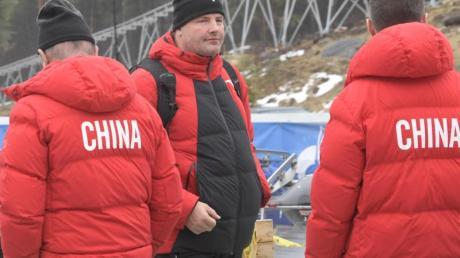 Bereitet die chinesischen Bob-Sportler auf die Winterspiele 2022 vor: André Lange (M).