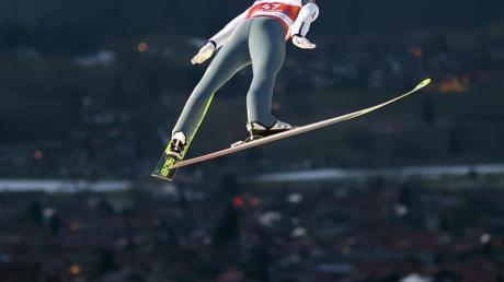 Sprang in der Qualifikation auf 127 Meter: Stefan Kraft aus Österreich.