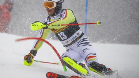Linus Straßer beim ersten Lauf des Weltcup-Slaloms in Kranjska Gora.