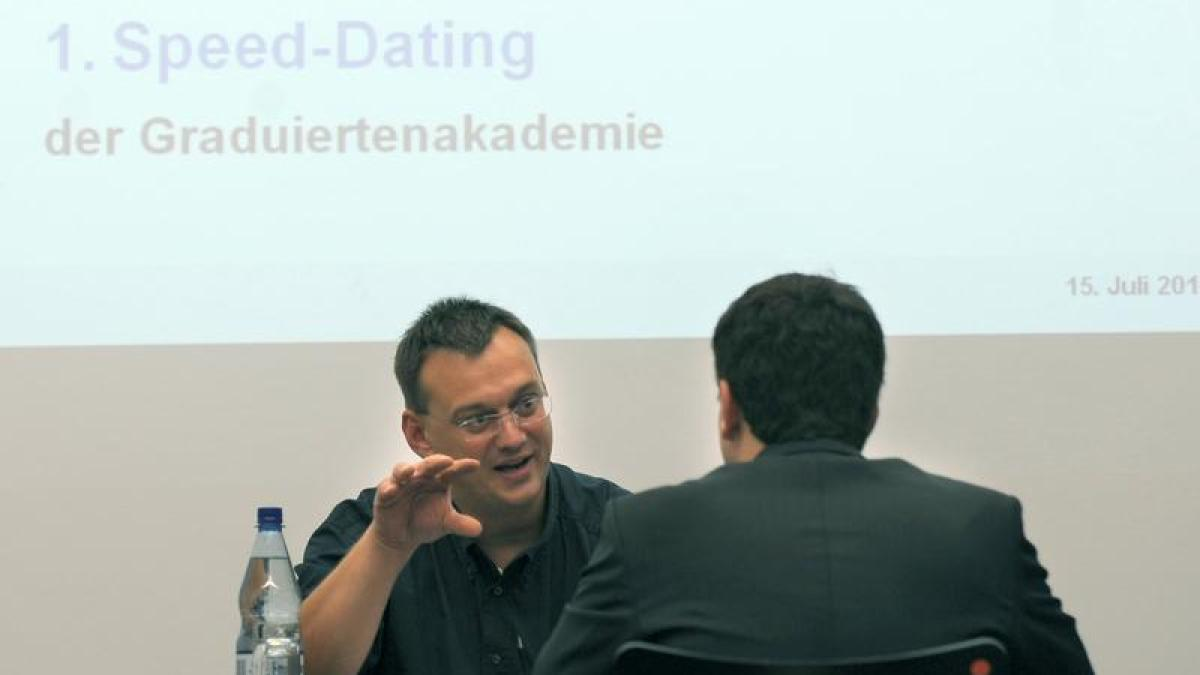 Speed-Dating-Ereignisse in Gang