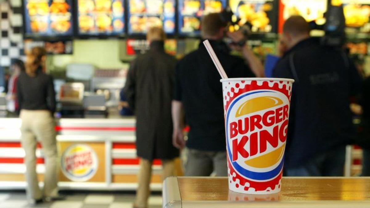 team wallraff bei rtl hygienem ngel vorw rfe auch gegen burger king in gersthofen promis. Black Bedroom Furniture Sets. Home Design Ideas