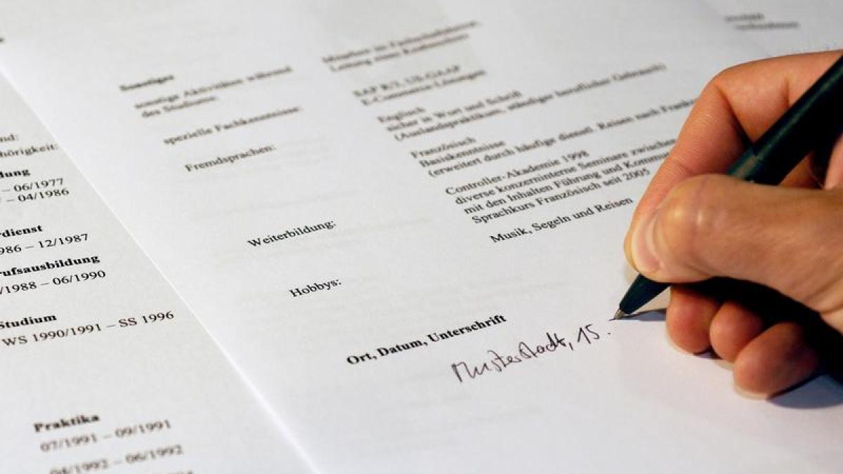 Bewerbung Von Profis Schreiben Lassen Dauert Bewerbung Lebenslauf