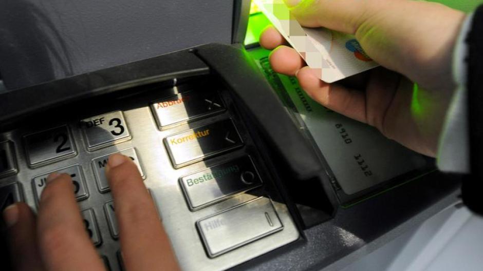 Ec Karte Gestohlen Mit Pin Geld Abgehoben