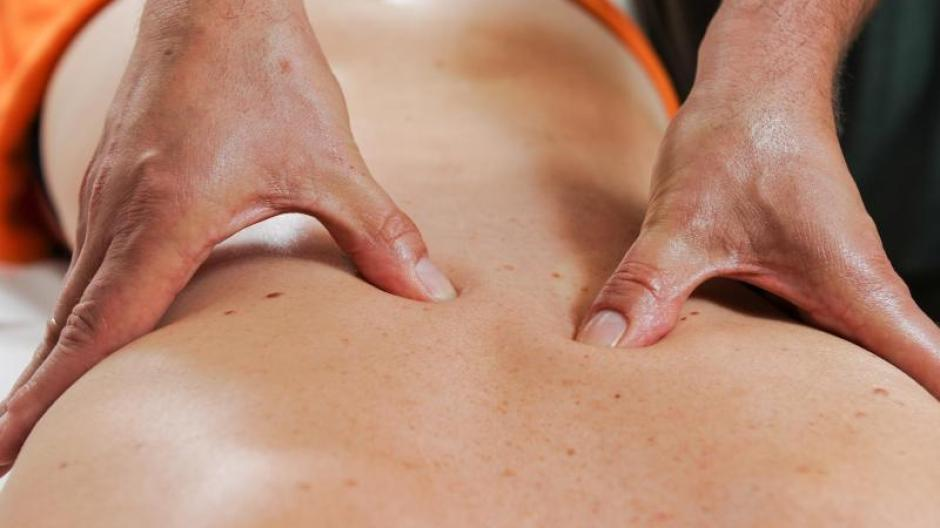 Tantra massagen stuttgart Ganzkörpermassage Massage