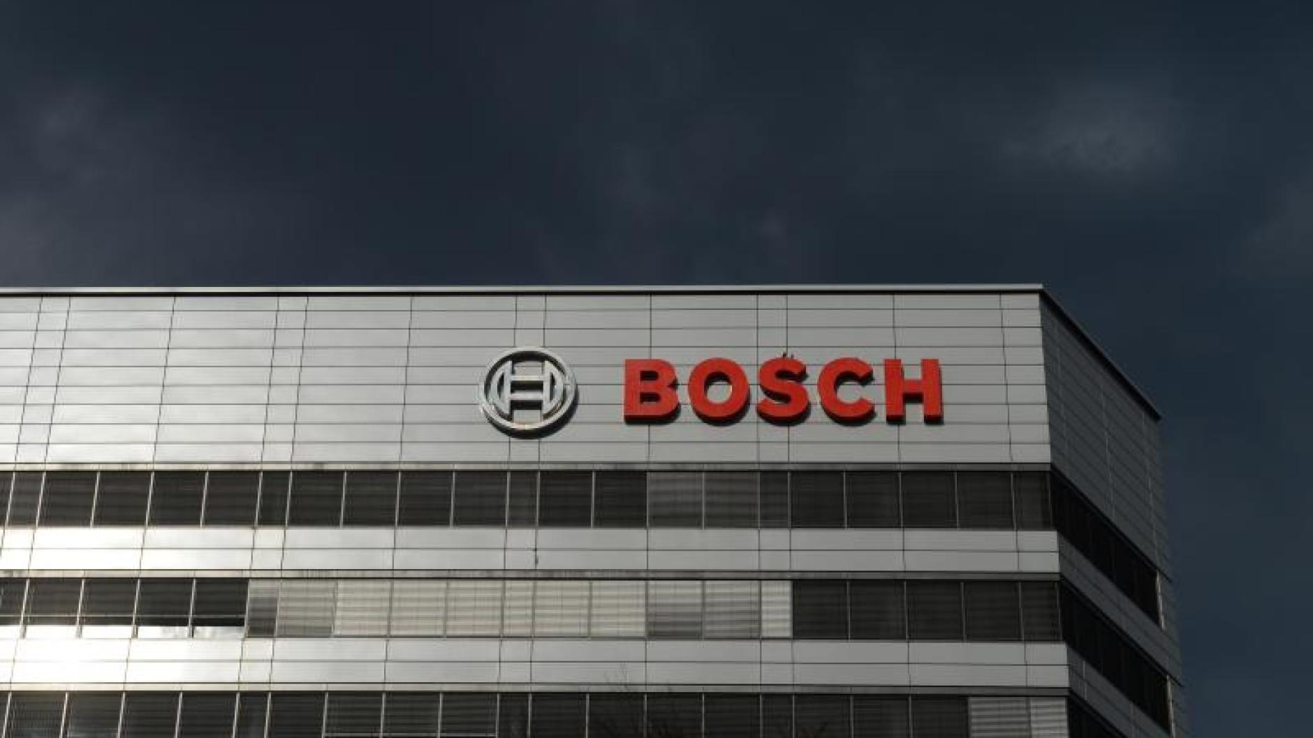 Radikaler Umbau: Deutsche Bank streicht rund 18.000