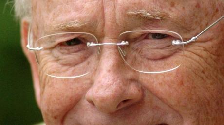 Peter Block, langjähriger Hauptgeschäftsführer der Mediengruppe Pressedruck, starb 82-jährig.