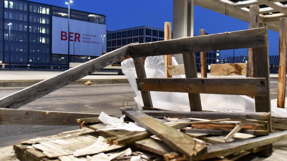 Flughafen Ber Die Ewige Baustelle Wann Wird Der Berliner Flughafen