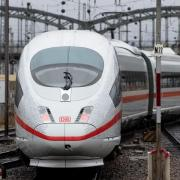 Es viel Kritik angesichts der Pannen auf der neuen ICE-Strecke München-Berlin. Foto:Sven Hoppe