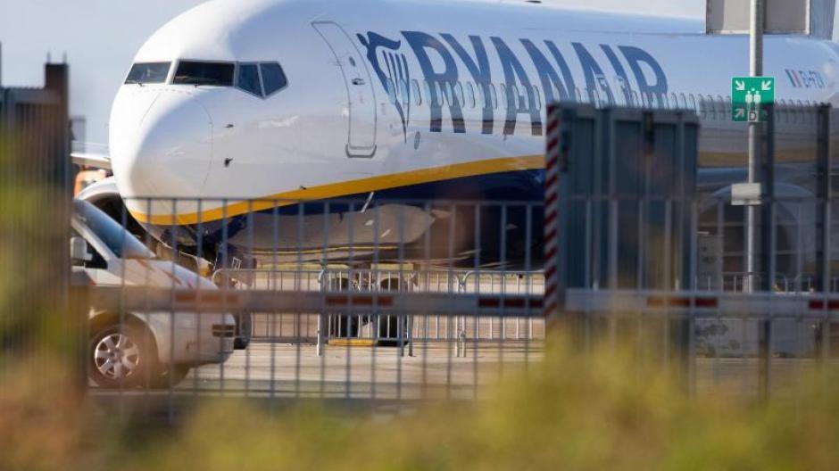 Fluggesellschaft: Streiks bei Ryanair: 150 Flüge sind gestrichen ...