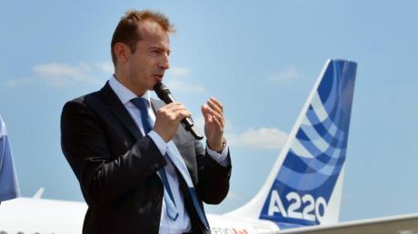 Airbus-Chef Guillaume Faury kündigt ein emissionsarmes Flugzeug an.