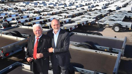 Vater und Sohn: Anton und Ulrich Humbaur haben den Anhänger-Hersteller groß gemacht.