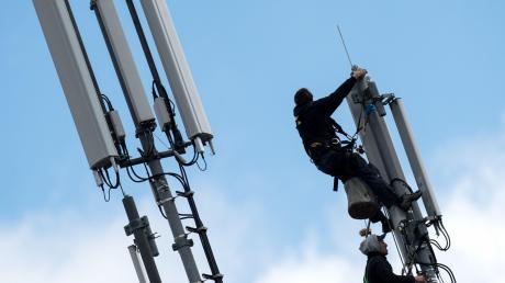 Obwohl viele Funkmasten im Land verteilt sind und werden, gibt es immer noch zahlreiche Funklöcher.