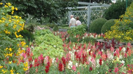 Der Dehner Blumenpark hat für Besucher wieder geöffnet.