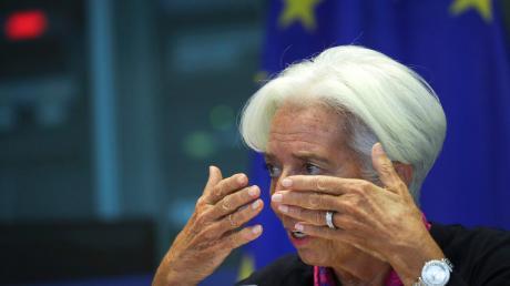 Im EU-Parlament stand Christine Lagarde den Mitgliedern des Wirtschafts- und Währungsausschusses am Mittwoch Rede und Antwort.