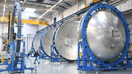 MT Aerospace fertigt in Augsburg Teile für die Raketen Ariane 5 und Ariane 6.