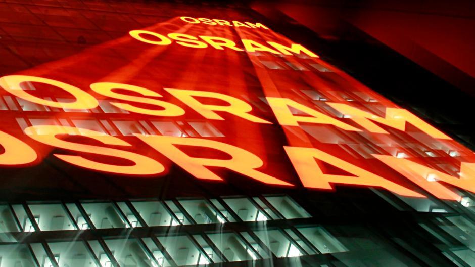 In der Nacht von Donnerstag auf Freitag läuft das Übernahmeangebot von AMS für den Lichtkonzern Osram aus.