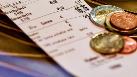 Ab 2020 muss überall in Deutschland bei jeder Transaktion der Kassenbon ausgedruckt werden.