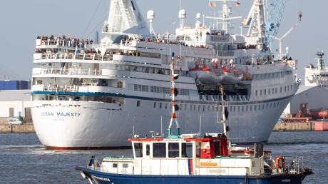 """Schweröl und Abgase haben das Image der Schifffahrt angekratzt. """"Die Industrie muss mit innovativen Schiffsantrieben auf den Markt kommen"""", sagt deshalb Axel Mattern vom Hamburger Hafen."""