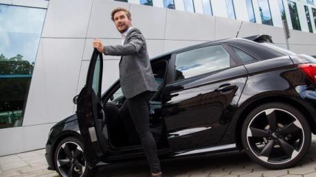 Wer mit dem Auto zur Arbeit kommt, hat keinen Anspruch auf einen Firmenparkplatz.