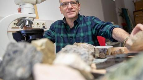 Daniel Köhn, Professor für Tektonik (Geologie), lehrt und forscht nun in Erlangen an der Friedrich-Alexander-Universität.