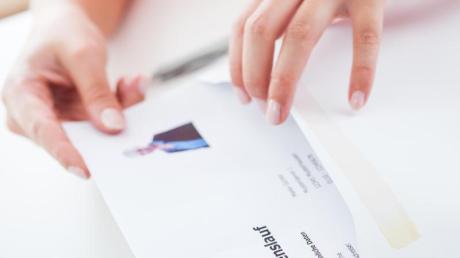 Seit Anfang 2019 müssen auch Arbeitgeber ihre Stellenanzeigen geschlechtsneutral formulieren - etwa mit den Abkürzungen (m/w/d).