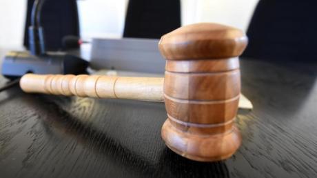 Vor dem Landgericht Ingolstadt wurde der Beschuldigte wegen Todschlags verurteilt.